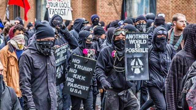Antifa Mob Terrorize City, Portland Police Stand Down While Law Abiding Citizens Can Go To Hell