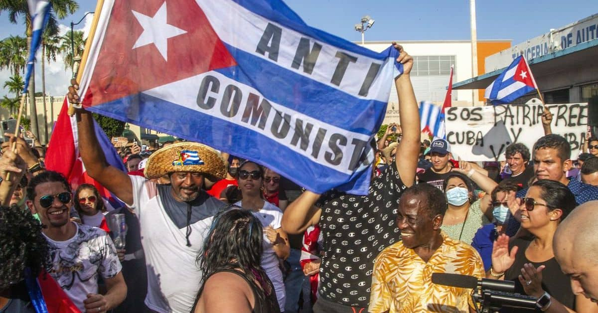 Cuban People Chant Libertad as Totalitarianism Rises in America